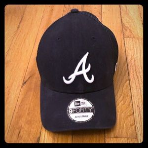 Atlanta Braves trucker hat